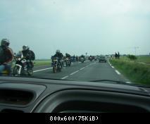retour avec l'arrivée des motards