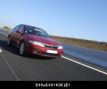 Lyan, toujours la star des brochures de Renault...